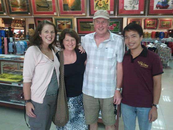 van phuc village tour shopping