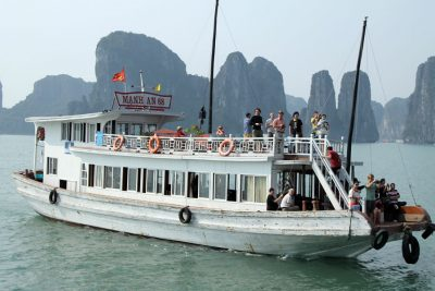 cheap halong 1 day tour from Hanoi
