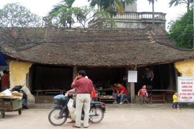 duong lam tour 1 dau from Hanoi center