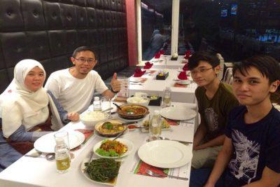 halal-restaurant-in-hanoi-client1